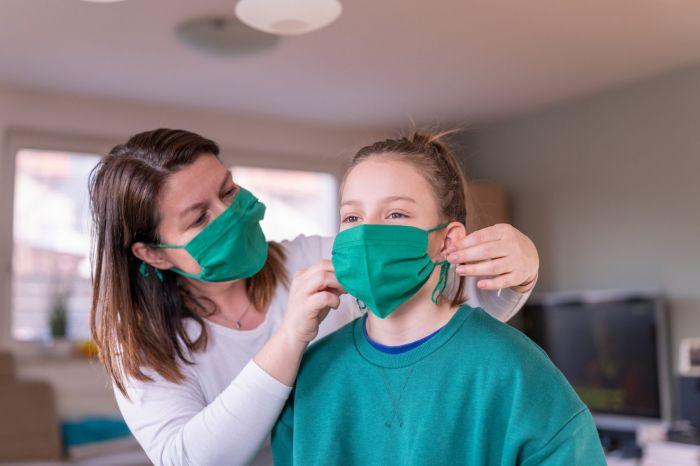 Ini Dia Cara Pakai dan Bersihkan Masker Kain