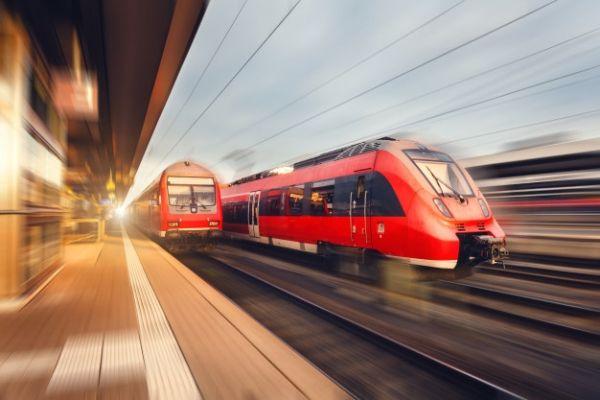 Kembali Normal, Jumlah Perjalanan Kereta Api di Tiongkok Tumbuh Pesat