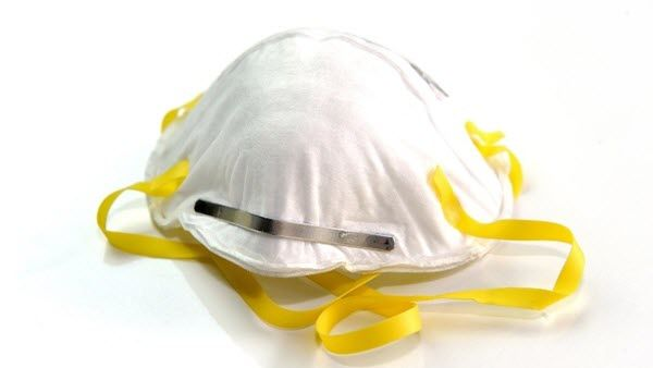 Tiongkok Dituduh Menimbun Masker N95 dan Alat Penanganan Pandemi Lainnya