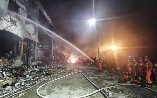Sembilan Belas Orang Tewas dalam Kecelakaan Truk Tangki Gas di Zhejiang, Tiongkok