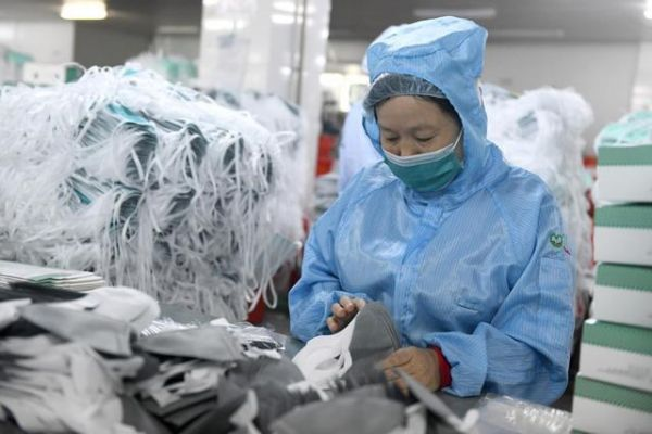 Mengunjungi Pabrik Masker di Guangzhou