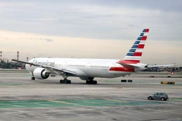 Sebanyak 20.000 Karyawan Maskapai Penerbangan di AS Akan Dipecat, Trump Salahkan Tiongkok?